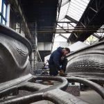 Die weltweit erste komplett 3D-gedruckte Brücke aus Edelstahl entstand in den Werkshallen von MX3D in Amsterdam. Bild: Adriaan de Groot