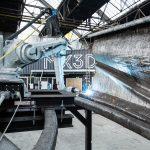 Die weltweit erste komplett 3D-gedruckte Brücke aus Edelstahl entstand in den Werkshallen von MX3D in Amsterdam. Bild: Olivier de Gruijter