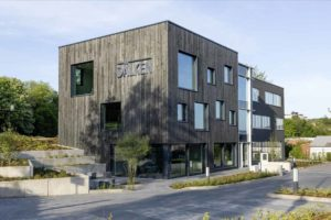 Bürogebäude mit Fassade aus Accoya-Holz