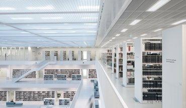 Human Centric Lighting in der Stuttgarter Stadtbibliothek. Bild: licht.de