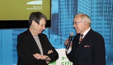 Bundesbauministerin Barbara Hendricks und Hans-Ullrich Kammeyer, Präsident der Bundesingenieurkammer, loben den Deutschen Ingenieurbau-Preis 2018 aus. Bild: Bundesingenieurkammer