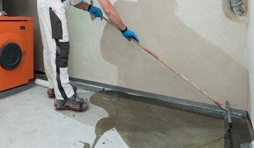 Feuchter Keller - Sanierung mit Isotec-Kellerbodensanierung. Bild: Isotec