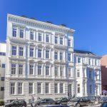 Die Gründerzeit-Fassaden wurden zerlegt und eingelagert; so konnten sie im Anschluss beim Neubau angebracht werden. Bild: Bauplan Nord GmbH & Co KG