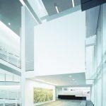 Das 2004 eröffnete Museum Frieder Burda des mit dem Pritzker-Preis ausgezeichneten New Yorker Architekten Richard Meier gilt im Bereich Licht und Steuerung als Vorzeigeobjekt – ausgestattet mit einer Lichtlösung von Zumtobel. Bild: Zumtobel