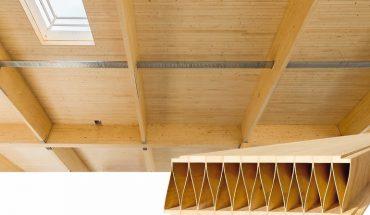 Dachkonstruktionen mit Holzbauelementen für Spannweiten bis 12 m. Bild: Kielsteg