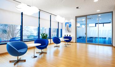 Beste Lernbedingungen bietet das Internationale Trainingszentrum von Knauf Aquapanel in Dortmund. Hier finden die Seminare zum Thema Innendämmung und Schimmelprävention u.a. statt. Bild: Knauf Aquapanel