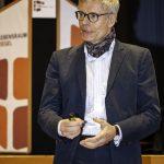 Renommierte Experten wie der Hannoveraner Bauphysiker Stefan Horschler werden am 10. März 2020 in Stuttgart-Denkendorf zum Vortrag erwartet. Bild: LRZ/B. Mehlau