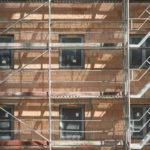 Bau eines Gebäudes mit Ziegelmauerwerk