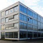 HE-Gebäude der ehemaligen Verseidag in Krefeld (seitliche Ansicht), heute Mies van der Rohe Business Park. Bild: Timo Klippstein