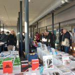 In München wird der Mauerwerkskongress von einer umfangreichen Fachausstellung begleitet. Neben verschiedenen Herstellern der Bauindustrie informieren auch einige Fachverlage über neue Produkte. Bild: Schlagmann Poroton