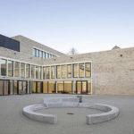 St. Walburga Realschule, Meschede.Architektur: Hausmann Architekten GmbH, Aachen. Bild: Jörg Hempel
