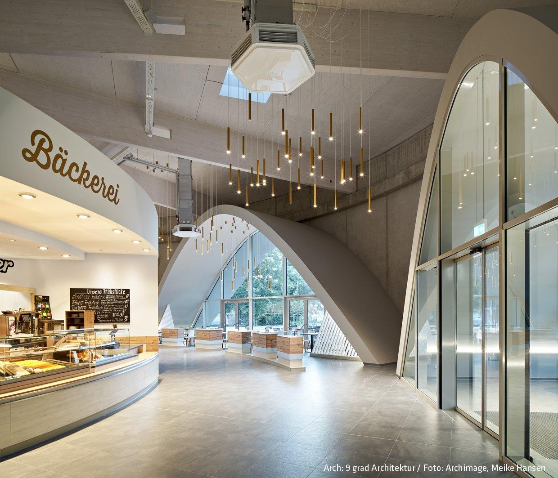 supermarkt in oldenburg rund konzipiert mit vormauerziegel. Black Bedroom Furniture Sets. Home Design Ideas