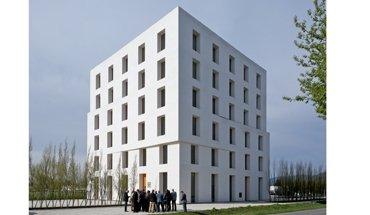 Mehrfach preisgekröntes Bürogebäude von Baumschlager Eberle Architekten in Lustenau. Bild: Deutsche Poroton / Christoph Große