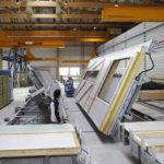 Herstellung von vorgefertigten Elementen für den modernen Holzbau
