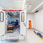 Der komplette Ablauf eines Notfalls kann simuliert werden, vom Krankenwagentransport über die Notfallaufnahme bis zur Operation. Bild: Maciej Lulko