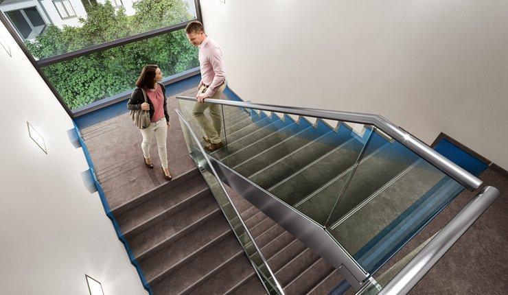Der als Entwurf vorliegende Teil 5 der DIN 4109 definiert die erhöhten Anforde-rungen an den Schallschutz im Hochbau. Insbesondere die Werte zur Trittschall-dämmung an Treppen in Doppel- und Reihenhäusern sollen sich signifikant ver-schärfen. Bild: Schöck Bauteile GmbH