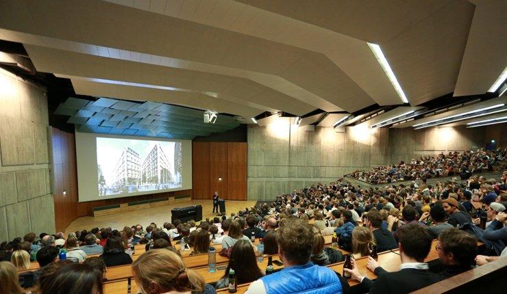 """Zum 14. Mal startet am 6. November 2019 die """"November Reihe"""", eine von der Sto-Stiftung geförderte Vortragsreihe namhafter internationaler Architekten."""