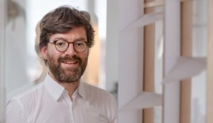 Dr.-Ing. Architekt Philipp Lionel Molter. Belüftungssystem für doppeltverglaste Fassaden. Bild: Andreas Heddergott