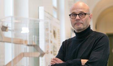 Tom Kaden, neuer Professor für Architektur und Holzbau an der TU Graz. Bild: Frankl - TU Graz