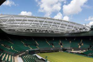Herzstück der Sanierung des No.1 Court in Wimbledon ist das 6.000 m² große, verfahrbare Membrandach über dem Tennis Court.