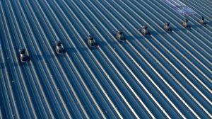 Dachdurchführungen: Lüftungsdurchführung für das Metalldach