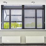 Im Inneren des Gebäudes sorgt das Schiebeladensystem für optimale Licht- und Temperaturverhältnisse. Bild: Colt International GmbH