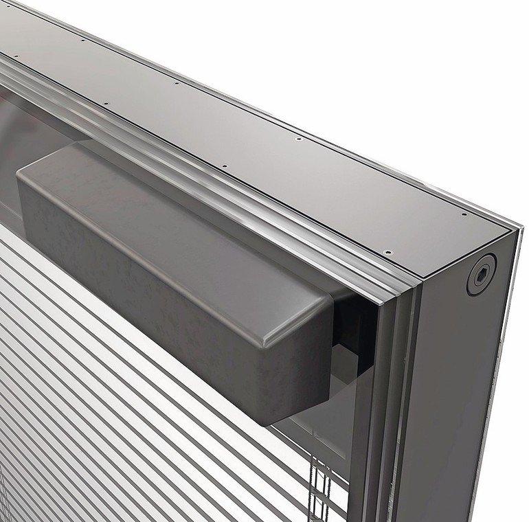 3-fach Isolierglas und Zwischenraum mit innenliegendem Sonnenschutz. Bild: Iconic Skin