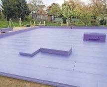 """Eine wärmebrückenfreie Wärmedämmung der Bodenplatte ist beispielsweise mit der XPS-Dämmung """"Jackodur Atlas"""" für alle Gebäudetypen realisierbar"""