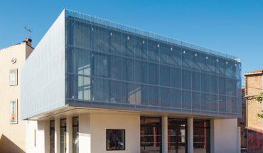 Neubau eines Fremdenverkehrsbüros im südfranzösischen Torreilles