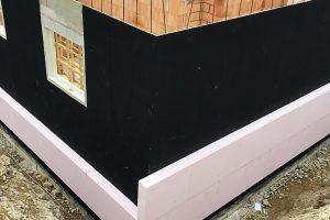 Radonsperre und Bauwerksabdichtung mit Resitrix EPDM-Dichtungsbahn. Bild: Carlisle CM Europe