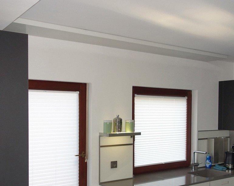 Sturzheizung: Warmwasserheizung für Fenster- und Türsturz