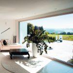 Fenster mit großen Glasflächen für reizvollen Ausblick. Bild: Kneer-Südfenster