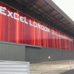 Hallenwand der EXCEL London Messe. Bild: Rodeca
