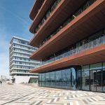 Glas und Corten prägen den industriellen Charakter bei der Danzigerkade 207 in Amsterdam. Bild: Aluverre Gevelbouw