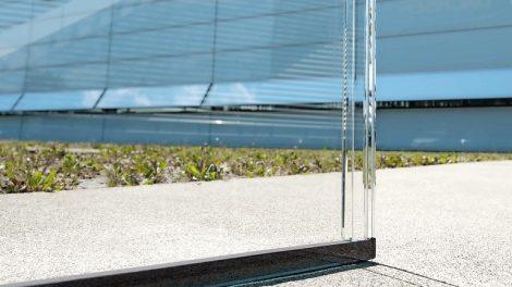 Isolierglas-Einheit mit minimalem Fugenbild dank gläsernem Abstandshalter. Bild: Sedak