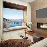 Großzügige Fensterelemente mit einem als Sitzfläche dienendem Rahmen. Bild: Bürgenstock Hotels & Ressort