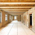 Wände aus Mauerwerk mit Holzbalkendecke