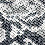 Python-Muster aus Aluminium-Wandrauten in Anthrazit, Hellgrau, Naturblank und Silbermetallic. Bild: Prefa/Croce & Wir