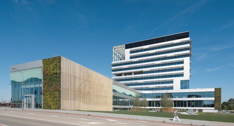 Grüne Fassade für Neubau der Stadtverwaltung in Venlo. Bild: Ronald Tilleman