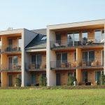Reihenhäuser mit Balkonfront. Bild: Creaton GmbH