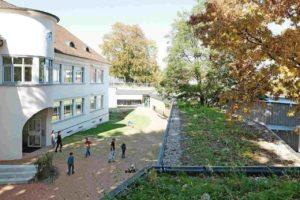 Neue Schulgebäude: Kunststoffdachbahn für begrünte Lernlandschaft