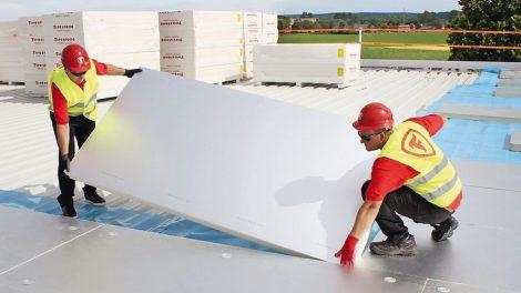PIR-Dämmstoffe für Flachdach, Steildach, Fupboden und Kerndämmung. Bild: Firestone