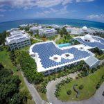 PV-Montagesysteme ermöglichen eine optimale Ausrichtung der Module zur Sonne sowie eine gute Flächenausnutzung auch bei unregelmäßiger Dachgeometrie und diversen Dacheinbauten. Bild: IBC Solar