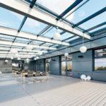 Dachterrasse mit Glasüberdachung. Bild: Brüninghoff