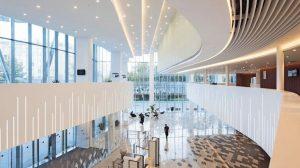 MIneralwerkstoff für anspruchsvollen Innenausbau: Strapazierfähig, porenfrei und fugenlos zu verarbeiten für hochwertige Oberflächen. Bild: Ilya Ivanov (photoivanov.com/bw_gallery/home/