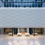 Bei vollständig geöffneter Verglasung schwebt die Wolke und es entstehen nahtlose Übergänge. Bild: Solarlux GmbH
