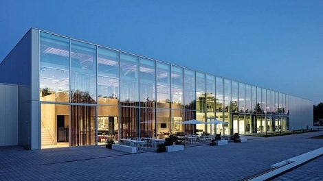 Neubau einer hybriden Produktionsstätte in Rheinau