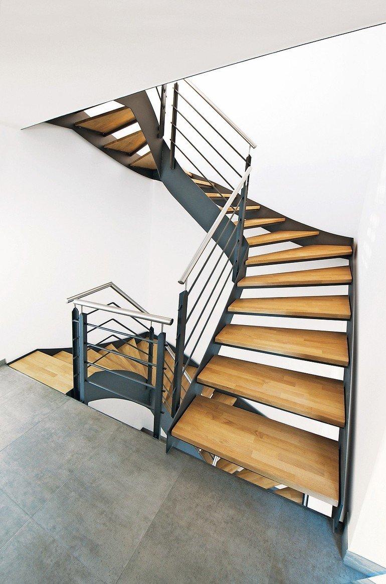 Treppen im Überblick: Zweiholm-, Flachstahl-, Harfentreppen usw. Bild: Fuchs-Treppen