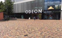 In Odense auf der dänischen Insel Fünen entsteht derzeit ein visionäres Stadtviertel. Der Boden wird kunstvoll und zeitgemäß mit Pflasterklinker gestaltet. Bild: Helle Steffen