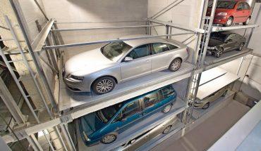 """Das vollautomatische Parksystem """"MasterVario R3"""" von Klaus Multiparking komprimiert die Stellfläche eines Parkhauses auf minimalen Raum. Bild: Klaus Multiparking"""